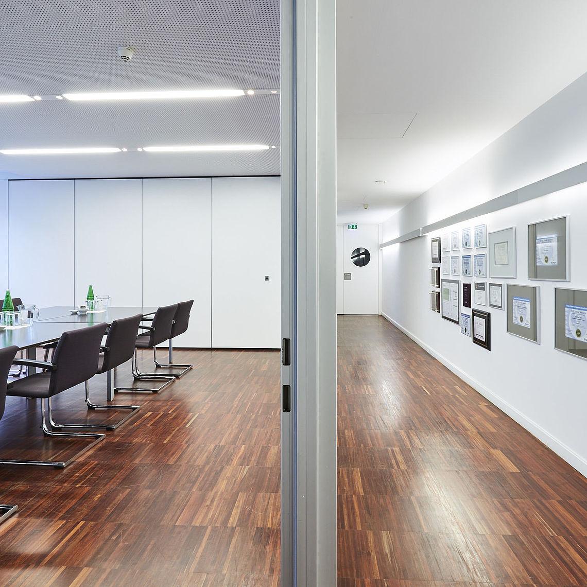 Meeting room and corridor in Akademiehof in Vienna